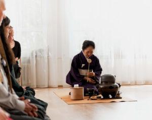 Japanische Tee-Zeremonie Achtsamkeit